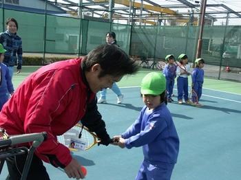 2011.2.10戸ヶ崎幼稚園児体験レッスン 110.jpgB32.jpg